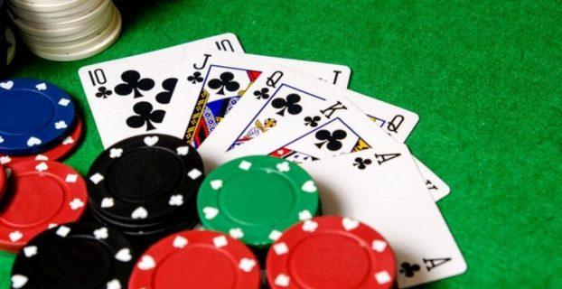 Pilih Meja Poker Online yang Mudah untuk Dimainkan
